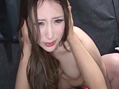 AV撮影の合間に監督とこっそりSEXする美女AV女優(北川杏樹)