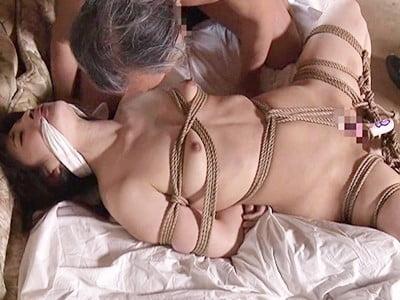 ヘンリー塚本原作 縛女 柔肌に食い込む縄と染み込む愛液