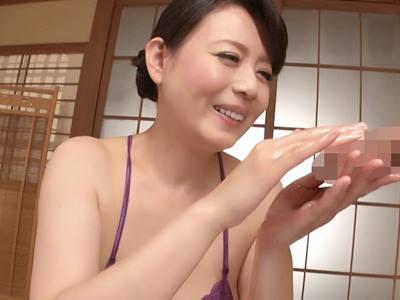 じっくり高める手コキでもてなす完全勃起ともの凄い射精の回春旅館 三浦恵理子