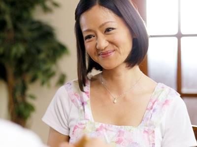 昼下がりだけの不倫妻~平日午後3時 隣人に抱かれています。~ 杉崎千佳