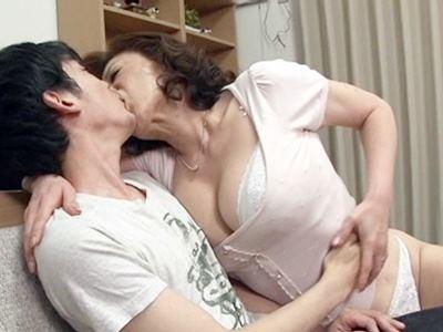 いやらしい親戚のおばさん ~叔母と二人だけの夜~ 寺島千鶴