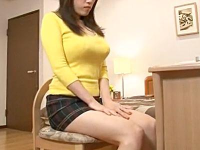 巨乳嫁の躰に我慢できない義父は入れて欲しがるまで攻め続けた 長澤あずさ