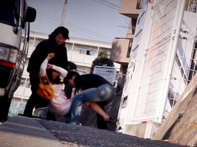 マダム狩り 2 街で見かけた熟女を拉致って廃墟凌●