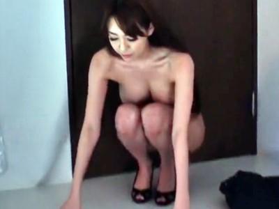 美人部長 屈辱の全裸勤務 朝桐光