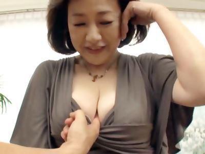初撮り五十路妻ドキュメント 内田典子